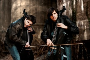 Dal 12 settembre prevendite 2 CELLOS all'Estragon – BO (13/12/2014)